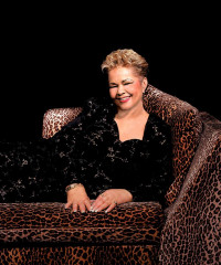 Etta James Logo
