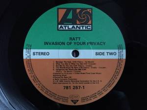 Ratt: Invasion Of Your Privacy (LP) - Bild 5