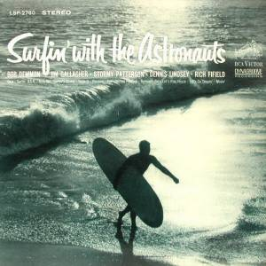 Cover - Astronauts, The: Surfin' With The Astronauts
