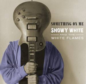 Cover - Snowy White: Something On Me