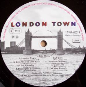 Wings: London Town (LP) - Bild 3