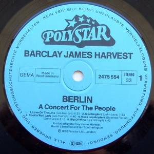 Barclay James Harvest: Berlin - A Concert For The People (LP) - Bild 3