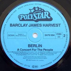 Barclay James Harvest: Berlin - A Concert For The People (LP) - Bild 4