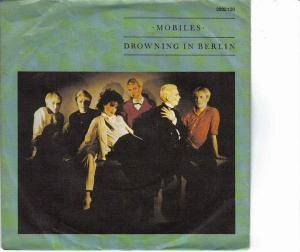 Mobiles: Drowning In Berlin - Cover