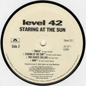 Level 42: Staring At The Sun (LP) - Bild 4