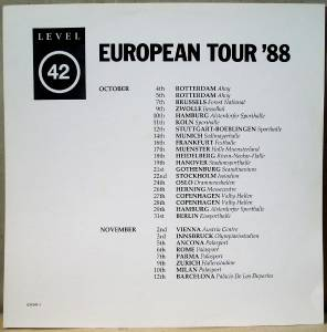 Level 42: Staring At The Sun (LP) - Bild 8