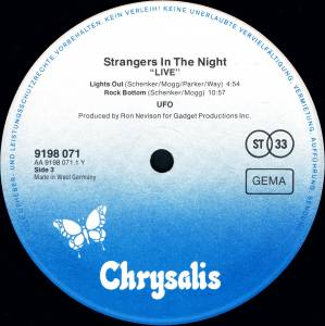 UFO: Strangers In The Night (2-LP) - Bild 6