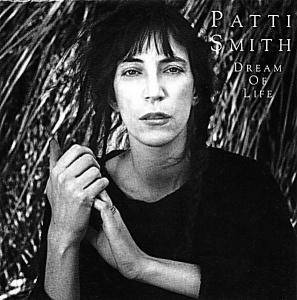 Patti Smith: Dream Of Life - Cover