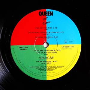 Queen: Hot Space (LP) - Bild 6