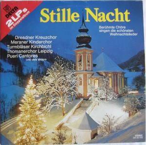 Chöre Singen Weihnachtslieder.Stille Nacht Berühmte Chöre Singen Die Schönster Weihnachtslieder