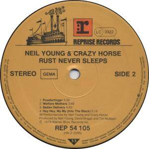 Neil Young & Crazy Horse: Rust Never Sleeps (LP) - Bild 4