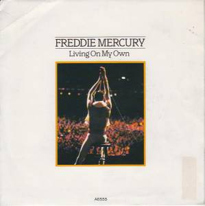 Cover - Freddie Mercury: Living On My Own