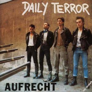 Daily Terror: Aufrecht - Cover