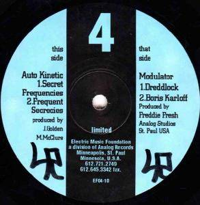 Auto Kinetic: Secret Frequencies / Dreddlock - Cover