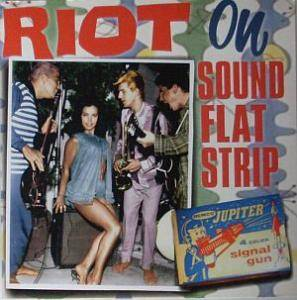 Cover - Green Telescope, The: Riot On Sound Flat Strip