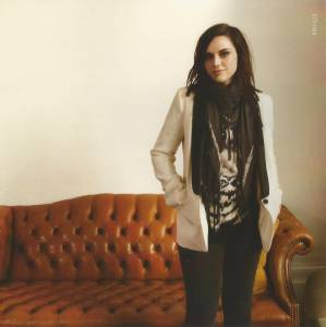Amy Macdonald: A Curious Thing (CD) - Bild 3