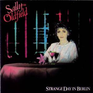 Cover - Sally Oldfield: Strange Day In Berlin