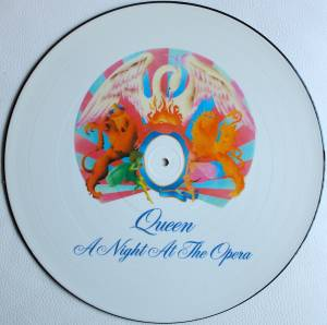 Queen: A Night At The Opera (PIC-LP) - Bild 1