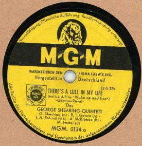 Cover - George Shearing Quintet: There's A Lull In My Live