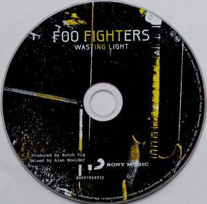 Foo Fighters: Wasting Light (CD) - Bild 3