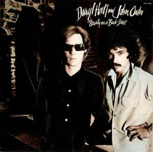 Daryl Hall & John Oates: Beauty On A Back Street - Cover
