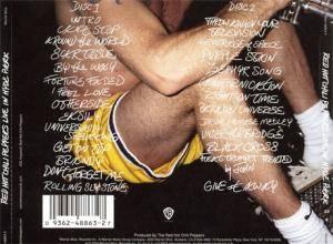 Red Hot Chili Peppers: Live In Hyde Park (2-CD) - Bild 2