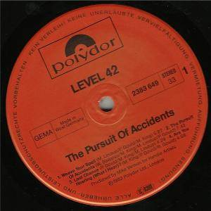 Level 42: The Pursuit Of Accidents (LP) - Bild 4