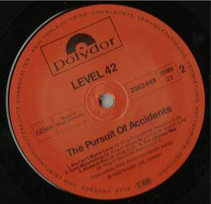 Level 42: The Pursuit Of Accidents (LP) - Bild 5