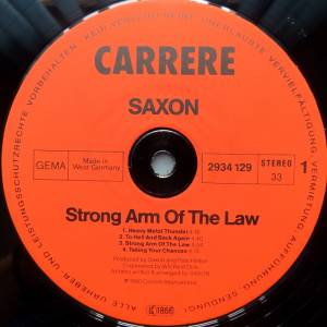 Saxon: Strong Arm Of The Law (LP) - Bild 3