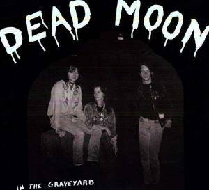 Cover - Dead Moon: In The Graveyard