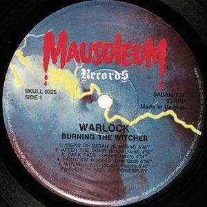 Warlock: Burning The Witches (LP) - Bild 3