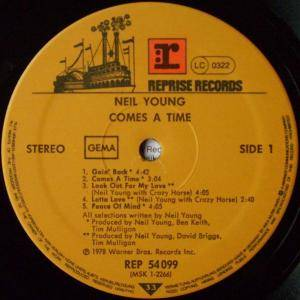 Neil Young: Comes A Time (LP) - Bild 5